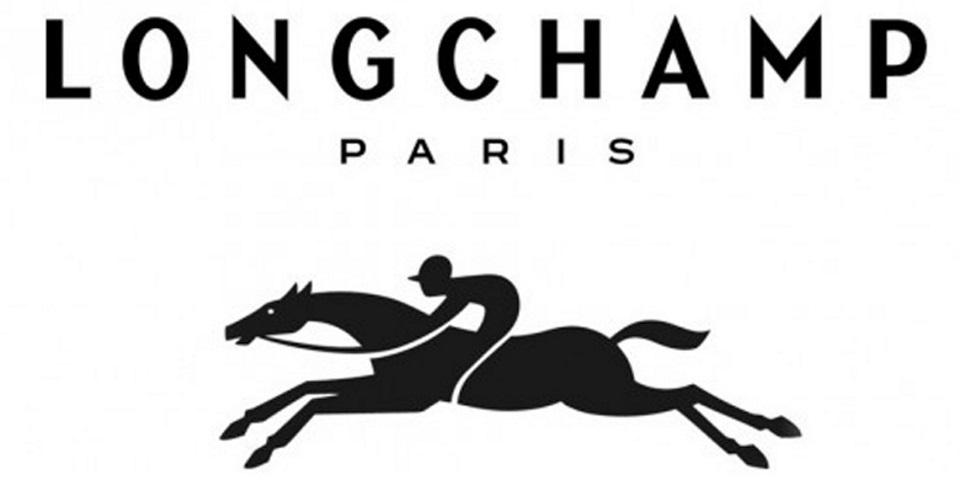 Longchamp - SocialWall